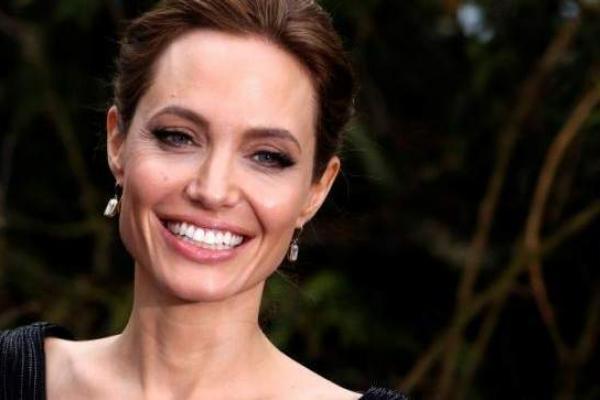 Angelina Jolie Minta Pengawasan Pengungsi Lebih Baik