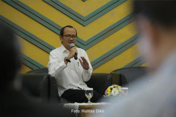 Wabah Corona, Kemdikbud Imbau Kampus Tunda Wisuda