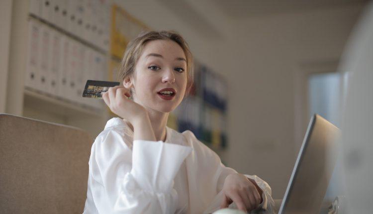 Mengisi Lowongan Kerja Bank – Wartawan.id