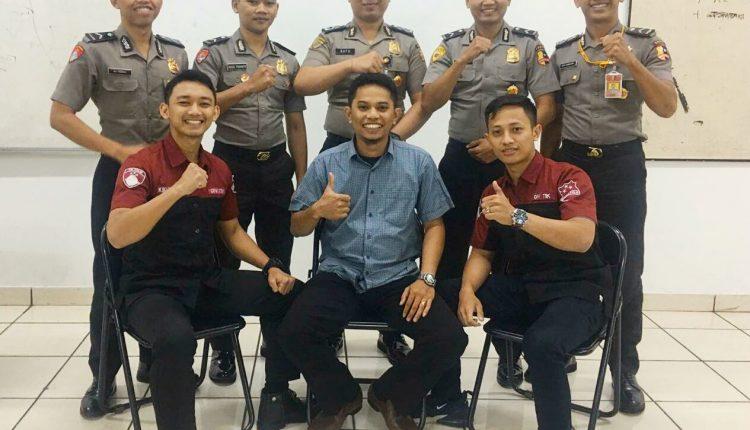 Mahasiswa Mabes Polri Bangga Bisa Berkuliah Di STMIK Nusa Mandiri- Wartawan